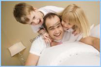 Родители привыкшие к традиционным методам разрешения конфликтов